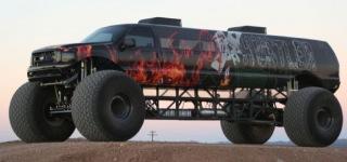 Sin City Hustler Combines Excursion Limo - Monster Truck