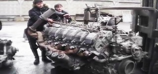 Awesome V12 Monster Diesel Engine Awake and Alive Startup