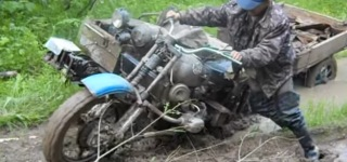 Military Motorcycle Extreme Mud Bogging!