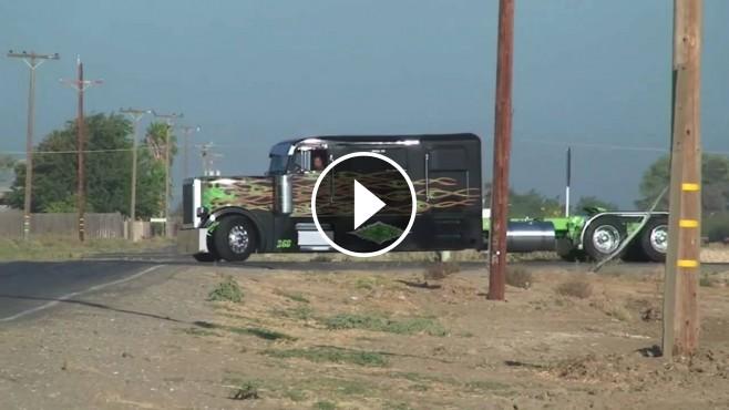 Custom Peterbilt Truck  U0026quot Cowboy Limousine U0026quot