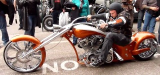 AWESOME Harley Davidson Long Chopper