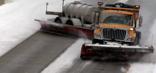 Tow Plow Action Missouri - SNOW DRIFTING!