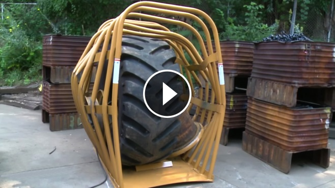 Custom Ford Trucks >> The Great Explosion With The Biggest Single-Piece Tire