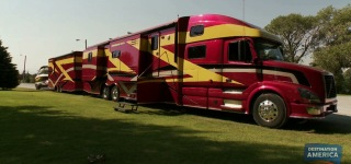 Super Cool RV Powerhouse Coach Take Your House With You!!!
