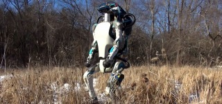 New Version of Incredible Humanoid Robot ATLAS by Boston Dynamics