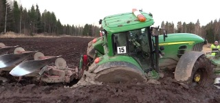 Super Successful Tractor Salvage by John Deere 7530