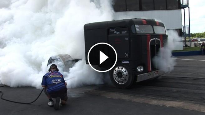 Wheel And Tire >> Absolute Badass Chop Top Semi Truck Doing Insane Burnouts