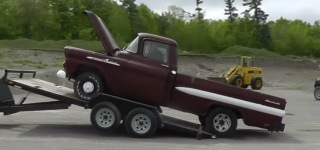 This is What Happens When You Try Loading 59' Chevrolet Apache with No Brakes At All!
