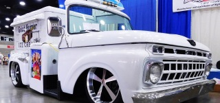 Nostalgic Good Humor Hot Rod Ice Cream Truck Caught on Camera at 2016 NSRA