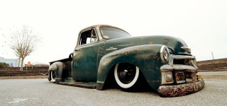 Billy Toledo's 4-Wheel 5-Window 1955 Chevrolet 3100