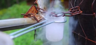 How to Break a Lock Using Liquid Nitrogen