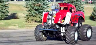 Uniquely Awesome 4x4 600HP Midget Truck Does Insane Burnouts and Donuts
