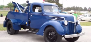 Rare and Beautiful: 1941 Model 2-ton Ford Tow Truck Is Worth to Check Out