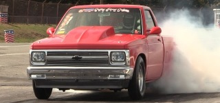 A Smokin' Hot Solo Performance: Badass Chevrolet S10 Nitrous Drivers As Fast As a Rocket
