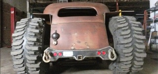 The Whole Transformation Process of 4x4 Rat Rod Which Looks Absolutely Badass