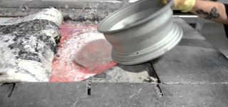 Aluminum Rims Melting Is Giving an Odd Pleasure to Watch-Must See!!!