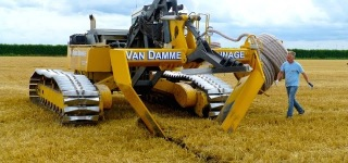 Super Functioning Machine: Inter-Drain GP-Series V-Plow Works Perfectly in Holland