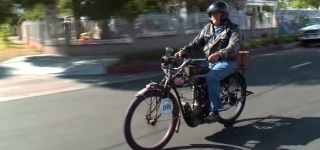 Jay Leno's Garage: 1912 Indian Single Motorcycle Is Gonna Amaze You with Its Ancient Beauty!