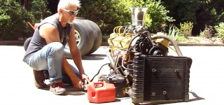 Insanely Cool 1970 Small Block Chevy Engine Runs on the Ground Like a Boss