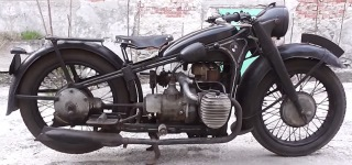 Germany Army Medium Military Motorcycle BMW R12 Runs Super Effectively Despite Its Age