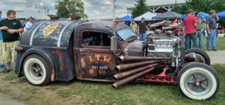 """Ratical"" 1937 Tanker Rat Rod is Awesome!"