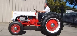 1952 Ford 8N Tractor V8 Conversion!
