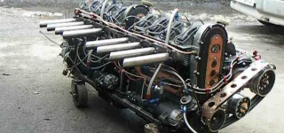 Supercharged Home Made Straight Eight Engine!