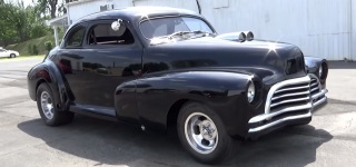 Manns Restoration's Gorgeous Chevrolet Hot Rod Performs Cool Burnouts!