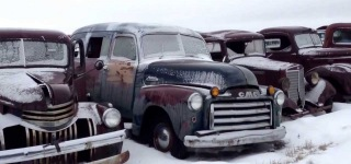 World's Largest Old Car Junkyard!