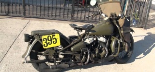 Guy Kickstarts 1942 Harley Davidson WLA and Does Some Cool Burnouts