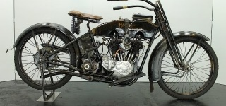 1918 Harley Davidson Model F with V-Twin Engine Offers Pleasure for Both Eyes and Ears