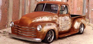 1951 Chevrolet Patina Pickup Truck Looks So Rusty That You May Get Tetanus Even By Staring at It!