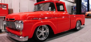 Perfectly Customized 1960 Model Ford F1 Street Truck Looks Gorgeous