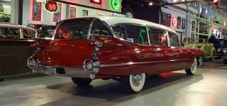 Custom Built 1959 Cadillac Caddy Broadmoor Skyview Limousine Is Truly Gorgeous