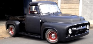 V8 302 Powered 1954 Ford F-100: Automobile That Enthusiasts Would Die to Have Own