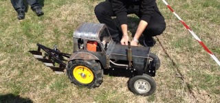 Ingeniously Built R/C Tractor Shows Off at an Event Taking Place in Bulgaria