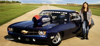 16-Year-Old Cute Girl Taylor Hanus Pilots Her Grandfather's1969 Super Pro Camaro