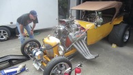 1923 T-Bucket Takes Power From Gorgeous 392 Hemi on Meth