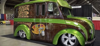 Custom 1954 Divco Milk Truck by House of Kolor is Gonna!