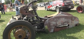 Unusual Design Reverse Trike Rat Bike is the Rising Star of the Redneck Rumble