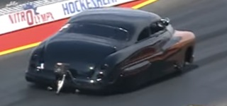 Great Drag Race + Great Built Car + Great Burnouts = Great Video to Watch